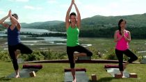20 Minute Yoga Class with Hilaria Baldwin: Vinyasa Ashtanga