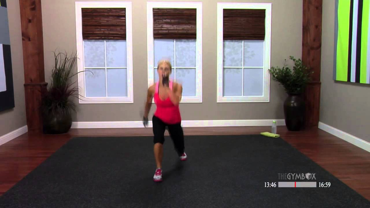 Kickbox workout for beginners with Shelly – 30 Minutes