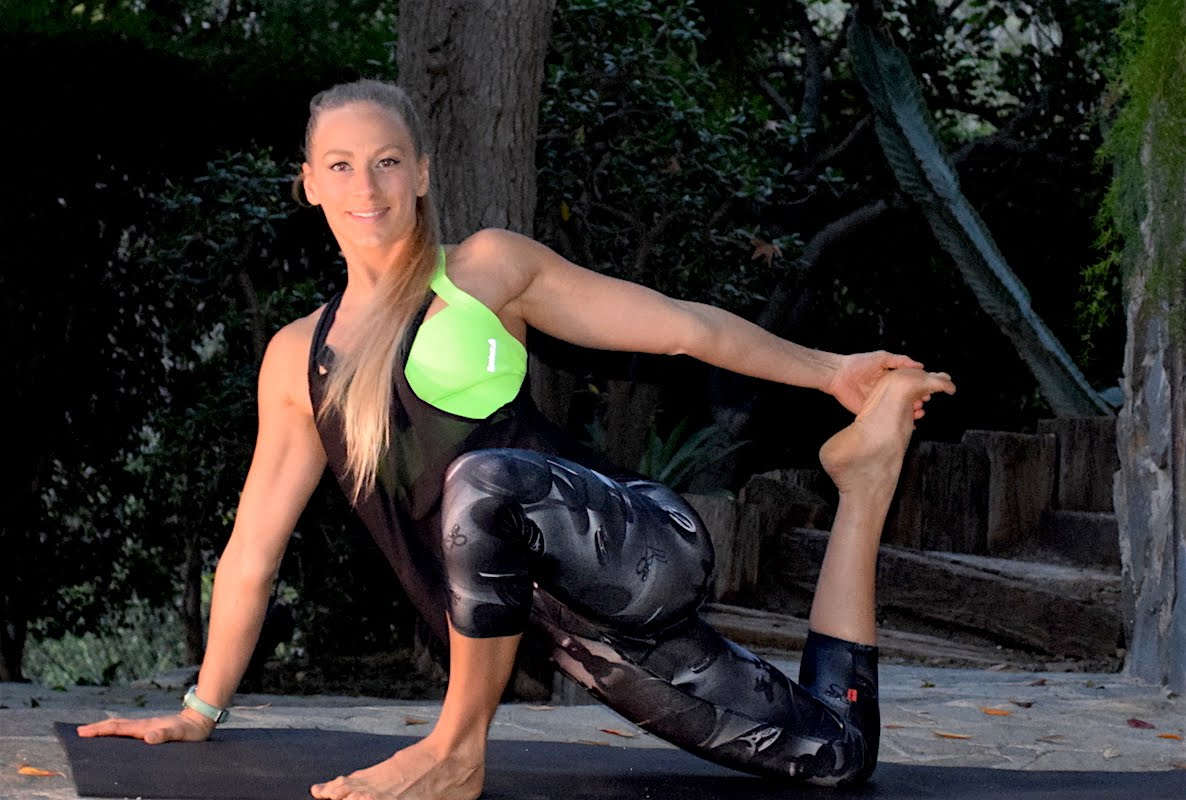 18-Min Hip Opening Sequence – Day 16 (Evening) – Drop 10 Pounds in 4 Weeks